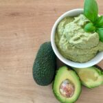 Avocado Basilikum Dip vegan