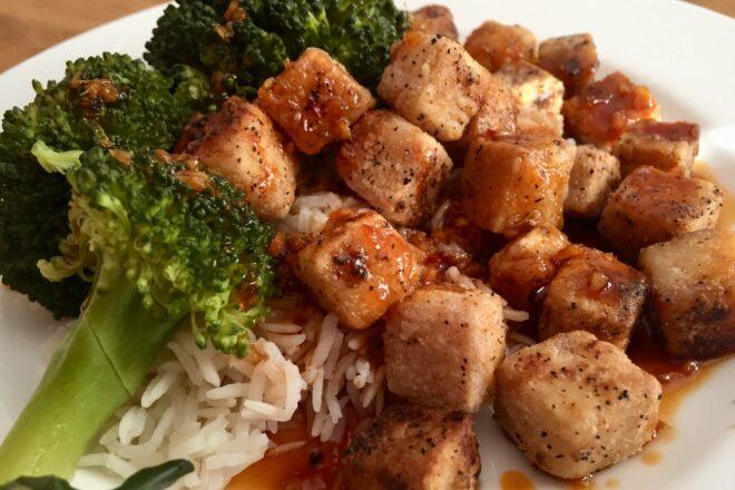 Tofu mit süß scharfer Sauce