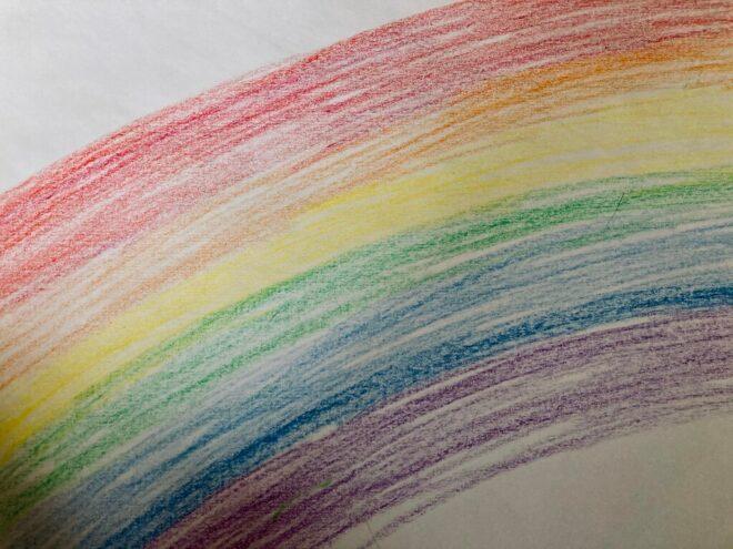 Corona hat unser aller Leben auf den Kopf gestellt. Ein grauer Schleier, der den Regenbogen verdrängt. Mein Wunsch: Akzeptanz und Verständnis