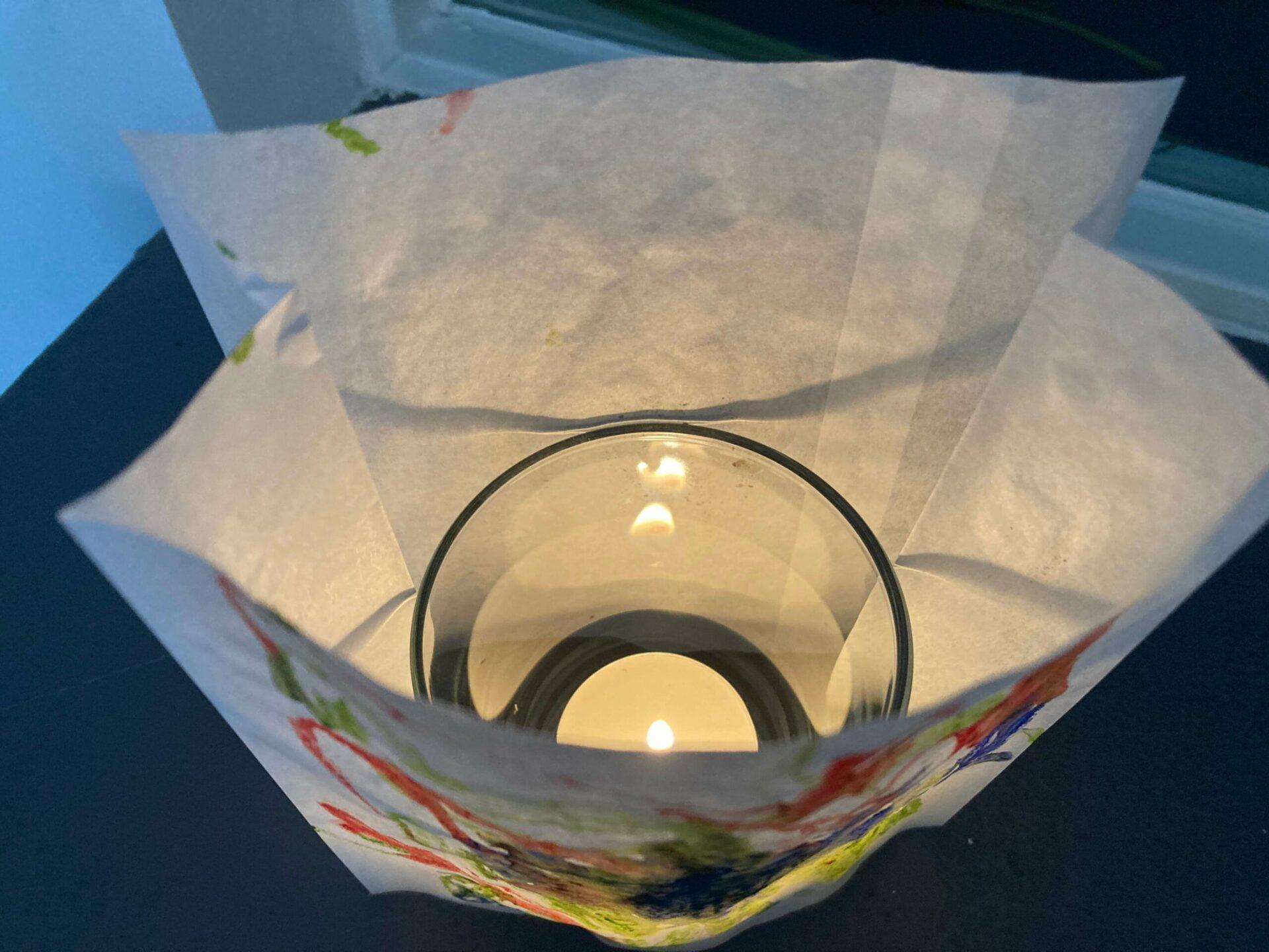 Teelicht aus Brottüten basteln
