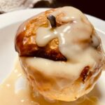 Bratapfel mit veganer Vanillesauce